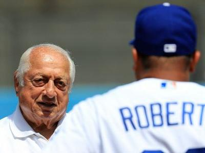 Dodgers great Tommy Lasorda to Dave Roberts ahead of Game 7: 'You haven't done s- yet'