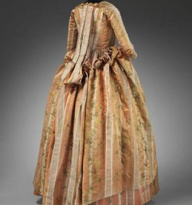 Robe à la piémontaise 1770s-1780sThe ensemble was probably made