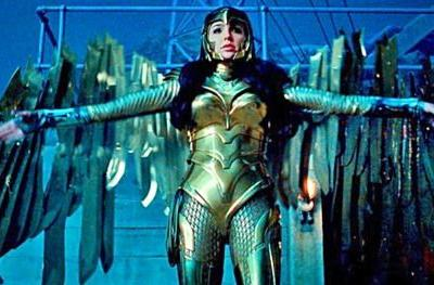New Wonder Woman 1984 Images Show Off Diana's Golden Eagle
