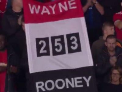 Wayne Rooney given hero's welcome back at Manchester United's Old Trafford
