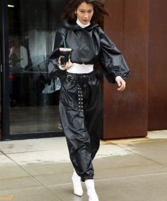 Bella Hadid Dressed for the Rain, but Made It Fashion