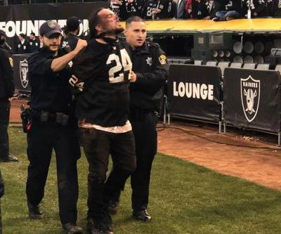 Oakland Raiders fans get nuts after losing final game at California arena