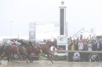 Justify surges down final stretch for Preakness Stakes glory, shot at Triple Crown