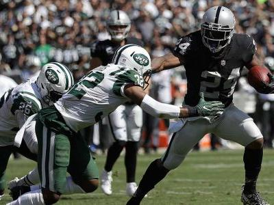 Marshawn Lynch runs for TD in Raiders' win over Jets