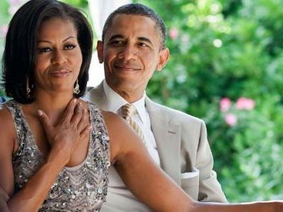 Michelle and Barack Obama steal the show at Beyonce and Jay-Z concert. See video