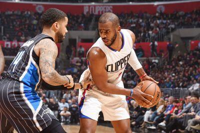 Chris Paul To Miss 6-8 Weeks with Torn Ligament in Left Thumb