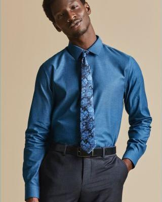 Express Delivers Smooth Styles for Fall '17 Campaign