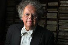 Met Opera Waited Year to Act on Accusation Against Conductor James Levine