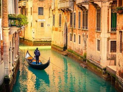 9 ancient highlights and flavours of Italy