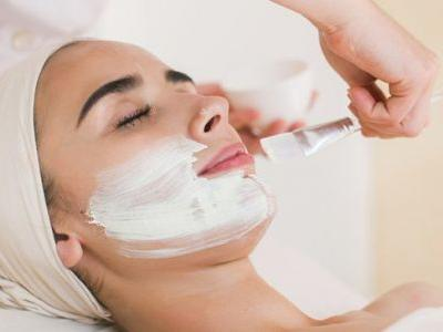 4 Potential Chemical Peel Benefits + the Various Types to Consider for Skin Health
