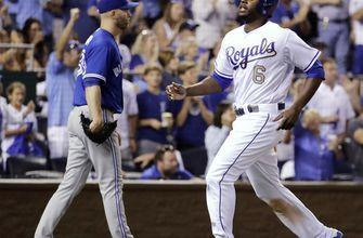 Royals beat Blue Jays 5-4, at .500 for 1st time since April