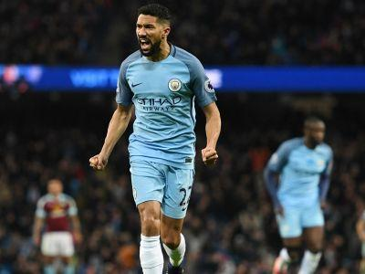 Manchester City 2-1 Burnley: Aguero saves 10-man City