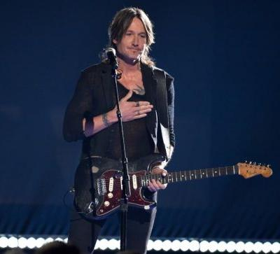 After some criticize Keith Urban's 'Female' for 'mansplaining,' country music pushes back