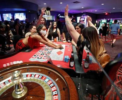 Shocking video shows crowded Las Vegas casino on first day of reopening