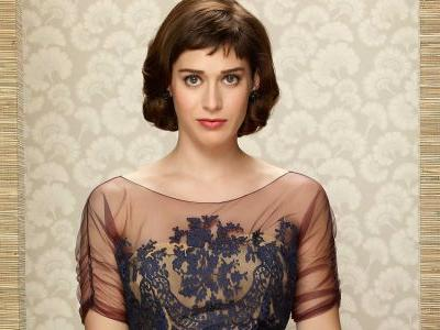 X-Men Spinoff Gambit Eyes Lizzy Caplan For Its Female Lead