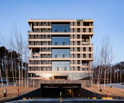 DEER'S Headquarters / HnSa architects & designers
