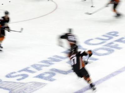 Minor hockey league to use pick your playoff opponent format
