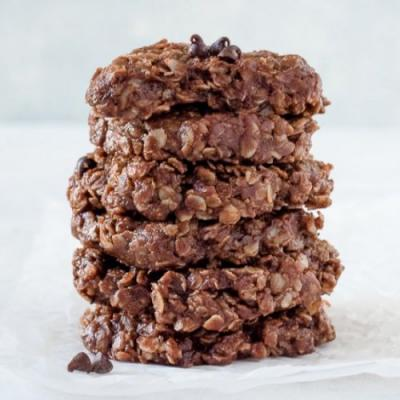 No-Bake Chocolate PB Cookies