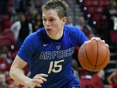 Air Force cancels sporting events in wake of government shutdown, Navy games still on
