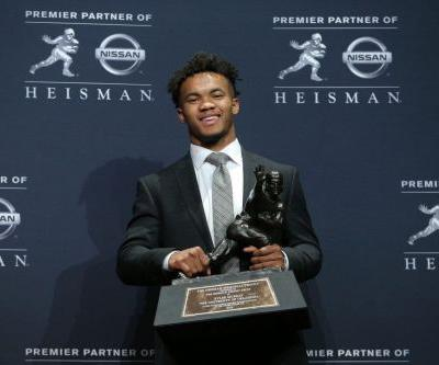 Kyler Murray surges past Tua Tagovailoa to lift Oklahoma to Heisman Trophy royalty