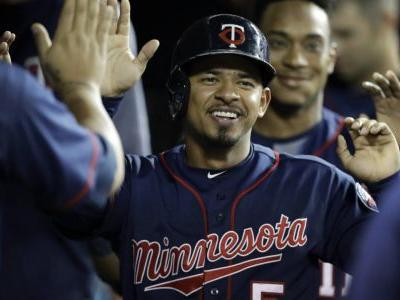 Twins rout Tigers, lead AL wild-card race by 2 1/2 games