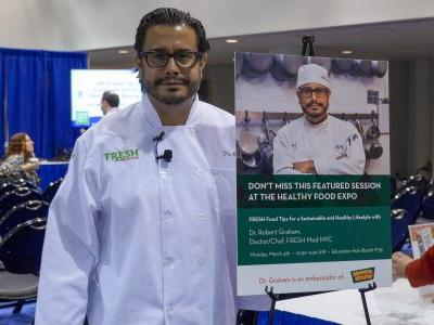 Doctor/Chef Robert Graham Discusses a Sustainable and Healthy Lifestyle at the International Restaurant and Foodservice Show