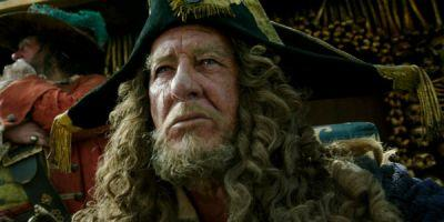 How Geoffrey Rush Feels About That Huge Pirates Of The Caribbean Reveal