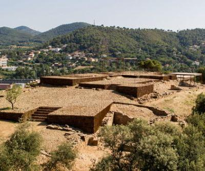 Adaptation of The Roman Ruins of Can Tacó / Toni Girones
