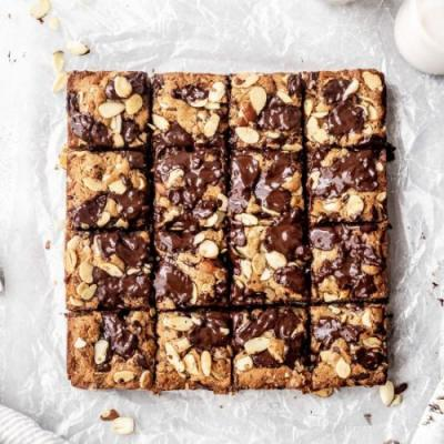 Gluten Free Almond Cookie Bars