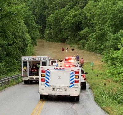 Man dies after being rescued from submerged vehicle in Washington County, officials say