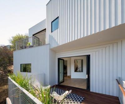 Stack House / FreelandBuck