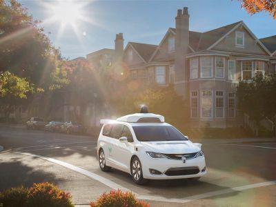Google made a brilliant pivot to turn around its self-driving car struggles
