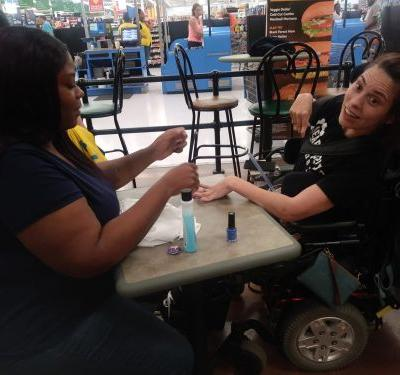 Post about woman reportedly denied service at nail salon is shared thousands of times