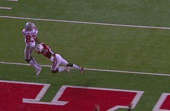 Ohio State's Terry McLaurin pulls down a 31-yd touchdown pass from J.T. Barrett