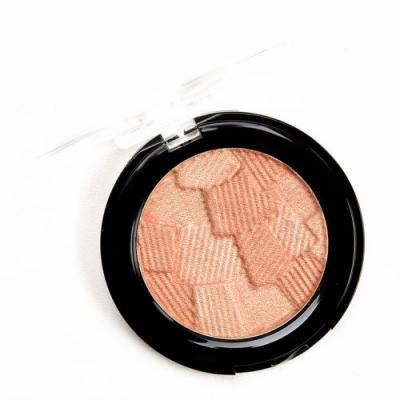 Catrice Warm Embrace 3D Glow Highlighter Review & Swatches