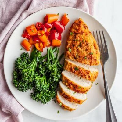 This $3 Ingredient Will Fix Dry, Bland Chicken Breasts Every Time