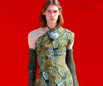 Andreas Kronthaler for Vivienne Westwood Fall Winter 2018 Goes Against the Grain
