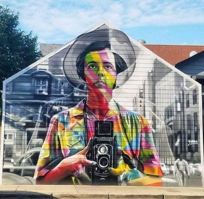 New Work by Kobra Pays Tribute To Vivian Maier in Chicago