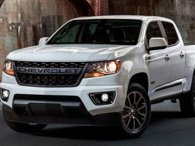 The 2019 Chevrolet Colorado RST's Face Lets Everyone Know It's a Chevy