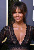 There's Only 1 Word to Describe Halle Berry's Golden Globes Beauty Look: Bangin'