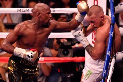 Floyd Mayweather delivers the fight we all should have expected
