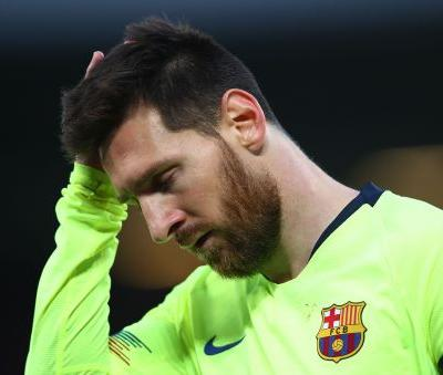 Lionel Messi left at Anfield by Barcelona bus after Liverpool defeat