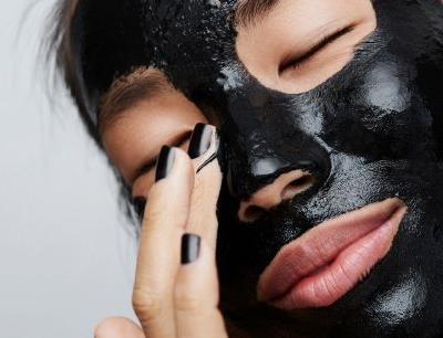 Find the Best Detoxifying Mask for Your Skin Type
