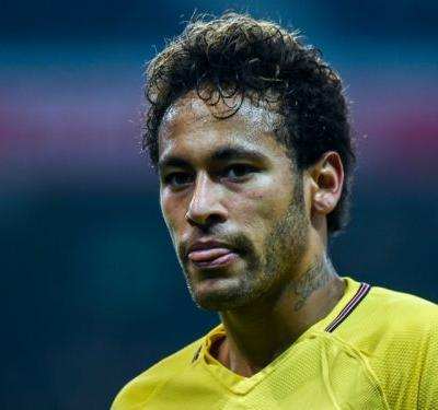 Neymar back on his feet and Balotelli on the move - Ligue 1 goes social