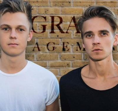 YouTubers-turned-talent-managers Joe Sugg and Caspar Lee share 5 tips for creators hoping to get spotted by talent agencies