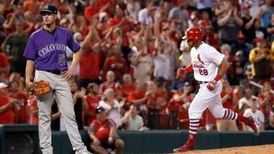 Cardinals, Rockies experiment with shortened inning breaks