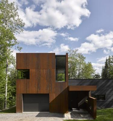 House on Lac Charlebois / Paul Bernier Architecte