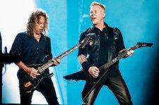James Hetfield & Kirk Hammett Light Up Giants Stadium for Fifth Metallica Night