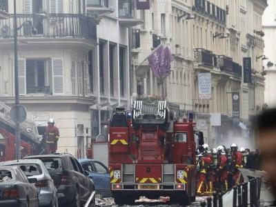 Paris police: several injured in bakery gas explosion