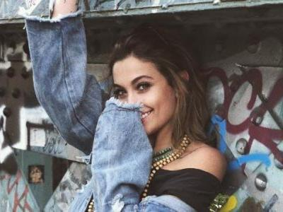 Paris Jackson has kissed both men and women but she is not bisexual